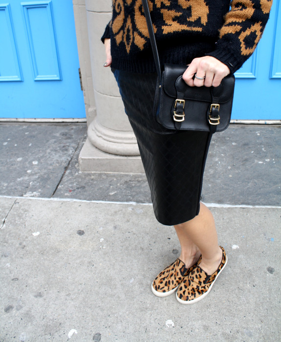 Leopard slip-ons, Quilted leather skirt, Pencil skirt, Cross-body bag, Chunky Sweater