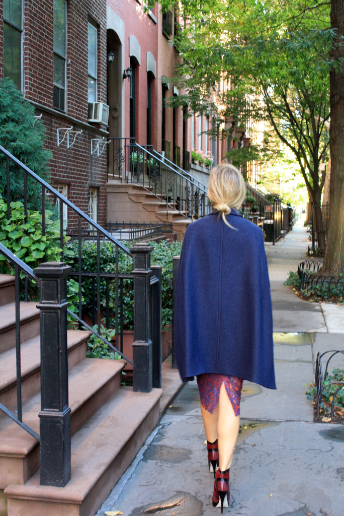 ANN TAYLOR CAPE, CLASSIC, MODERN, FALL FASHION, DETAILS, JASON WU, TJMAXX, BACKPACK 3