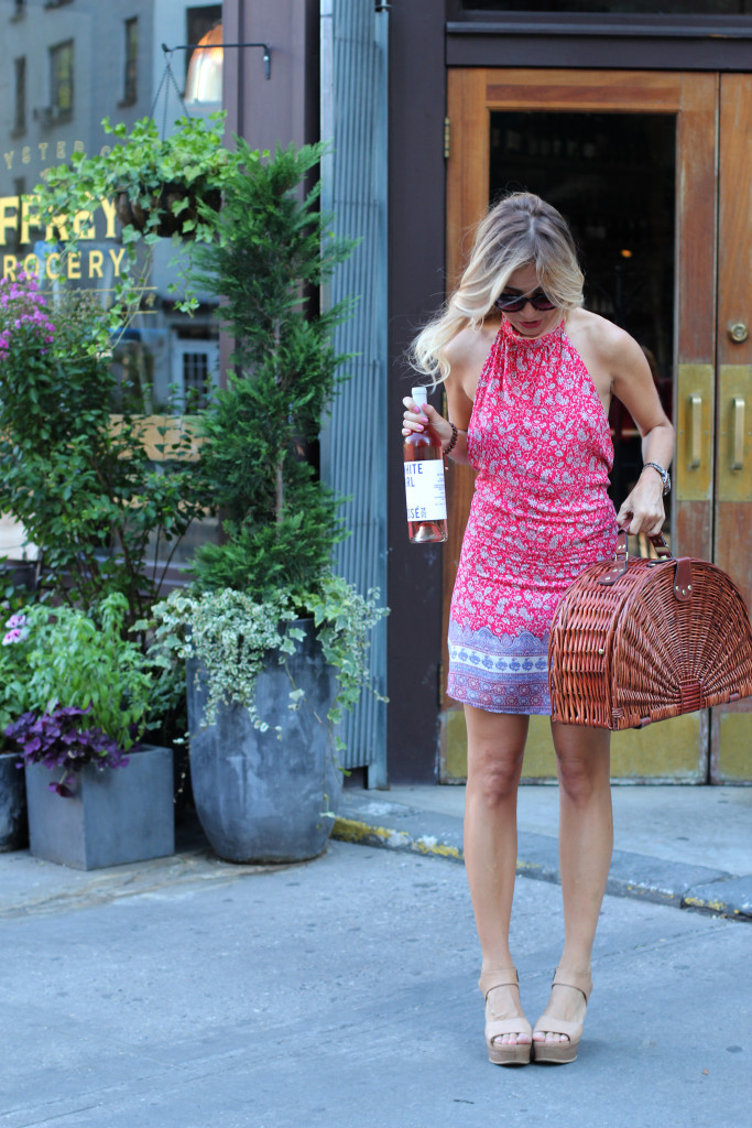 Lulus, Summer Style, OOTD, NYC, West Village, Jeffrey Grocery, White Girl Rose, Picnic Basket, Wind Blown