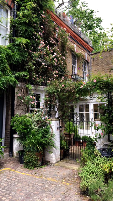 Notting Hill, London, Impossibly Imperfect Travels, Adventure, Secret Garden