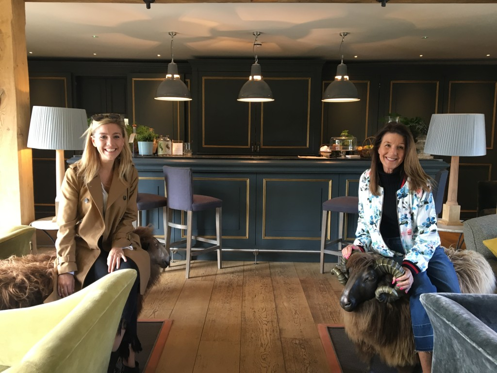 Mother's Day, The Cotswolds, On the 10, Nelson's take Europe, London, Travel blogger