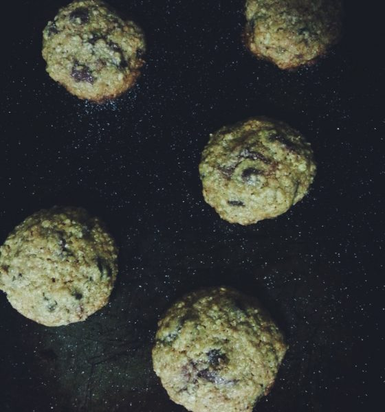 Get to Baking: Nutella Stuffed Oatmeal Chocolate Chip Cookies